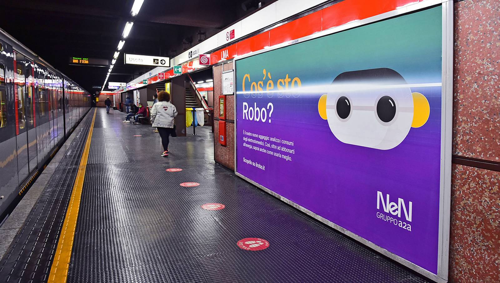 Pubblicità in metropolitana Circuito Phygital IGPDecaux per NeN a Milano
