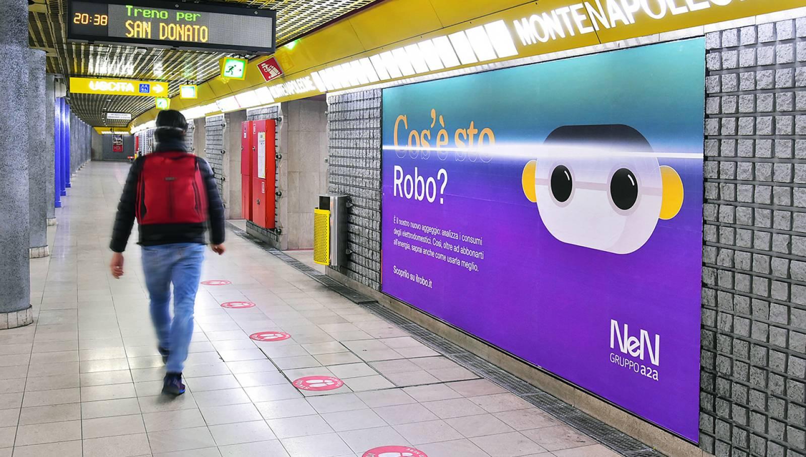 Pubblicità metro milanese Circuito Phygital per NeN IGPDecaux