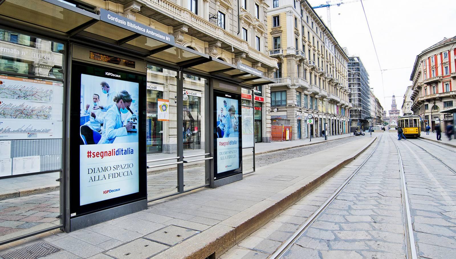 Pubblicità OOH IGPDecaux Network Vision a Milano per la Campagna istituzionale IGPDecaux Diamo spazio alla fiducia