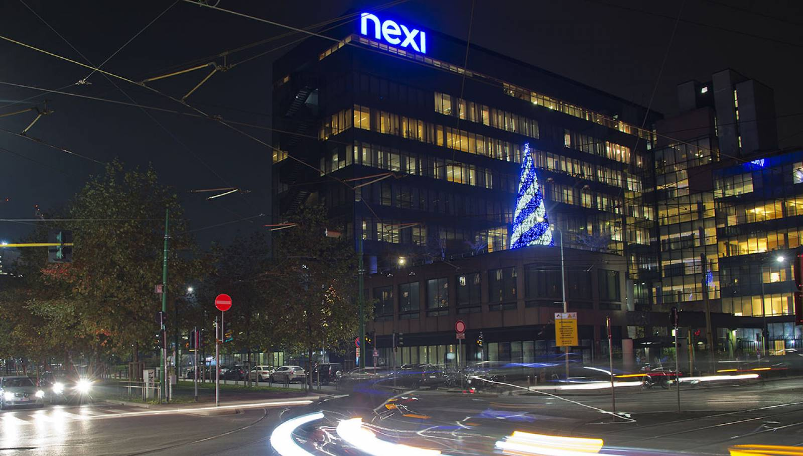 IGPDecaux Christmas 2018 lights in Milan