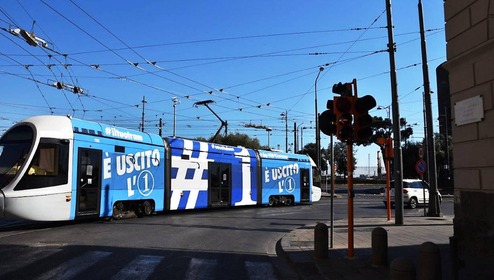 Tram 1 IGPDecaux a Napoli