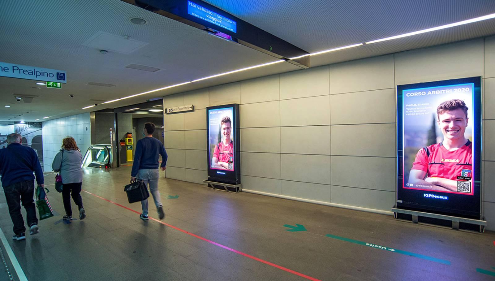 Pubblicità metro Brescia I-Vision IGPDecaux