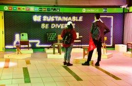 Pubblicità metropolitana Station Domination Garibaldi-Installazione-Apex-Design Week-IGPDecaux Milano