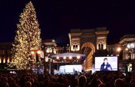IGPDecaux Milano Natale albero Sky
