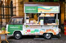 Out of Home advertising IGPDecaux Bio Van in Padua for Naturasì