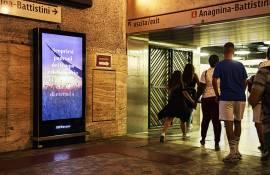 Pubblicità metro Roma IGPDecaux Network Vision per Toscana Promozione Turistica