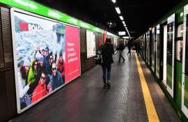 Pubblicità metro Milano circuito a copertura landscape IGPDecaux per WeRoad