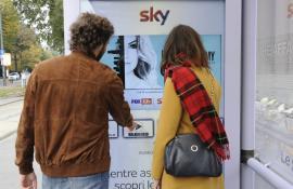 SKY ITALIA SKY SERIE TV -  17/10/2016 - pensiline+mupi - MILANO