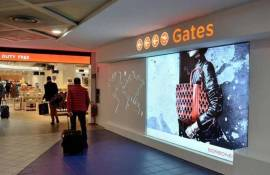 IGPDecaux airport advertising Backlight at Turin-Caselle for Borbonese