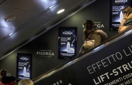 Digital out Of Home IGPDecaux Digital Escalator a Roma per Filorga