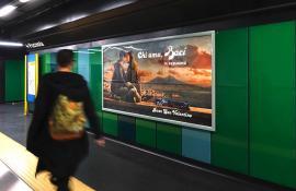 Pubblicità metropolitana Napoli IGPDecaux Circuito a Copertura Landscape per Perugina