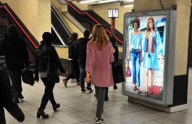 Underground advertising IGPDecaux Portrait Coverage Network in Milan for H&M