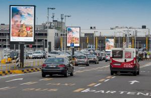 IGPDecaux Linate airport advertising 8sq m for Regione Umbria