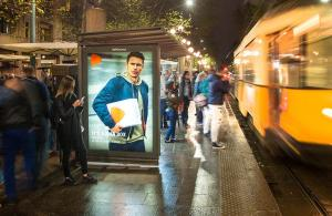 Pubblicità sulle pensiline IGPDecaux pensiline per Zalando a Milano
