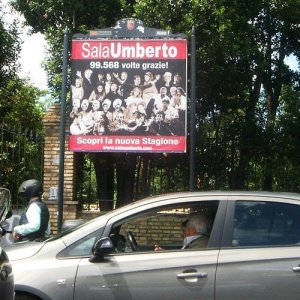 Billboards advertising IGPDecaux 1 to 5 Sheet Panels in Rome for Sala