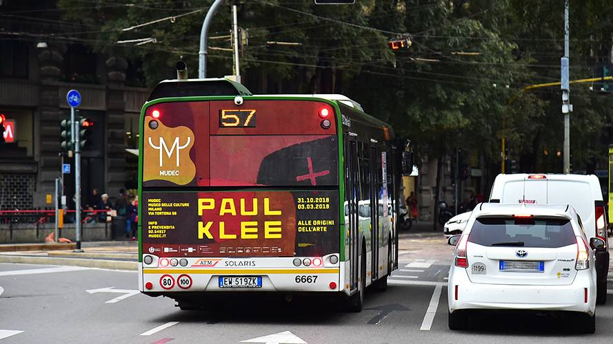 Pubblicità autobus a Milano FullBack IGPDecaux per Mudec Paul Klee