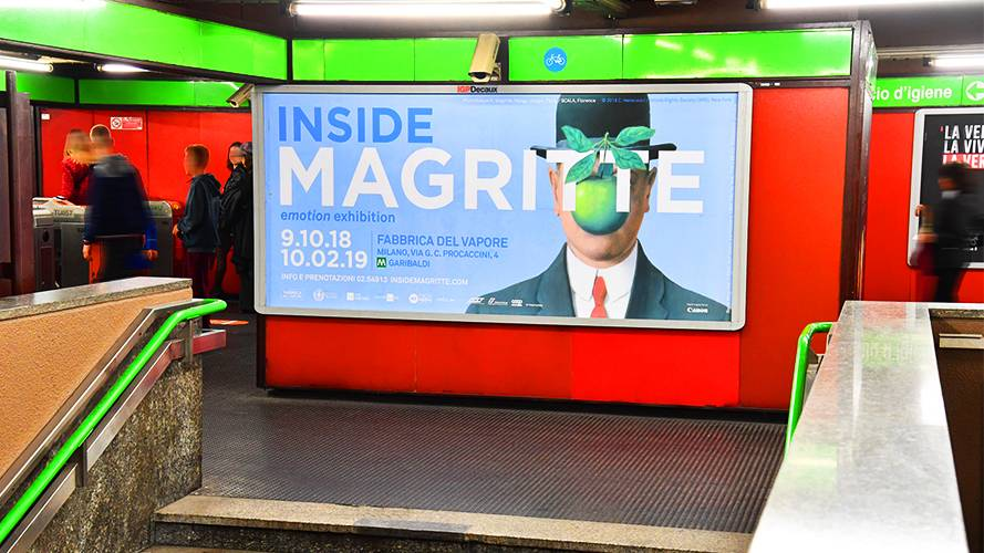 IGPDecaux underground advertising Phygital Network in Milan for 24 ORE Cultura