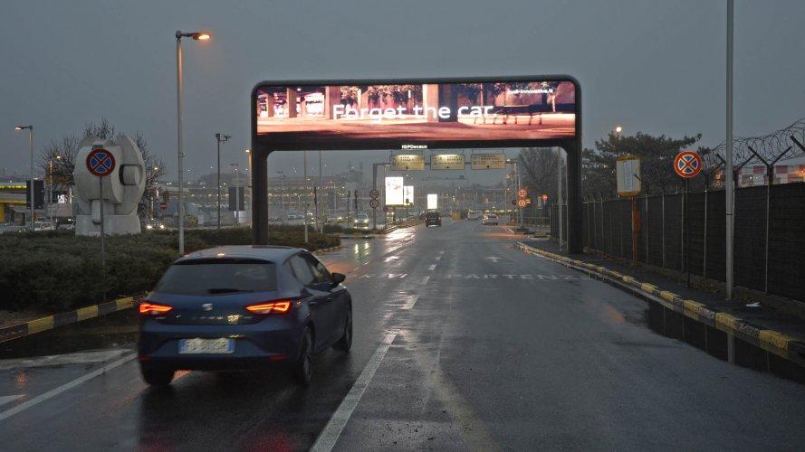 Pubblicità aeroporti IGPDecaux portale digital a Linate per Audi