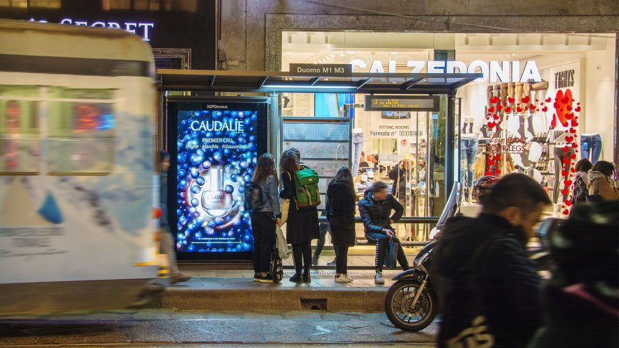 Outdoor advertising IGPDecaux Vision Network in Milan for Caudalie