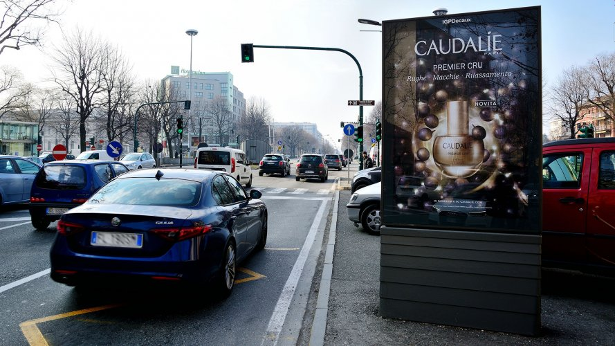 Outdoor advertising IGPDecaux Bus shelters + Mupi in Turin for Caudalie