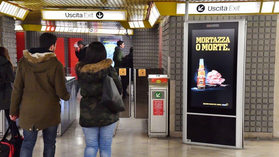 Pubblicità metropolitana milanese IGPDecaux Network Vision Metropolitana per Ceres