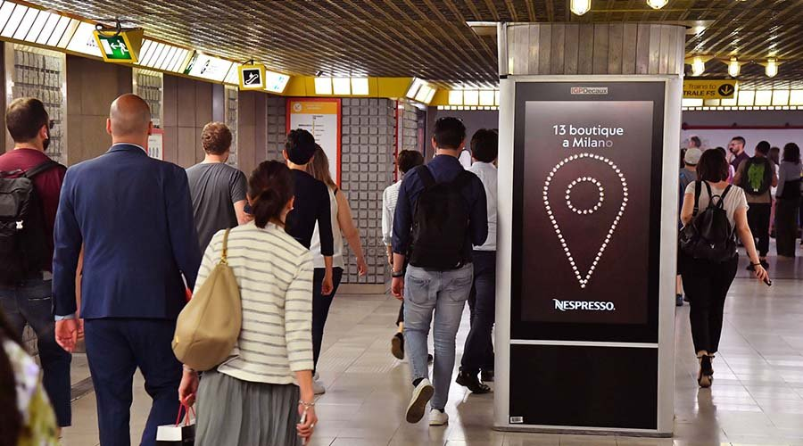 Underground advertising Milan Underground Vision Network for Nespresso IGPDecaux