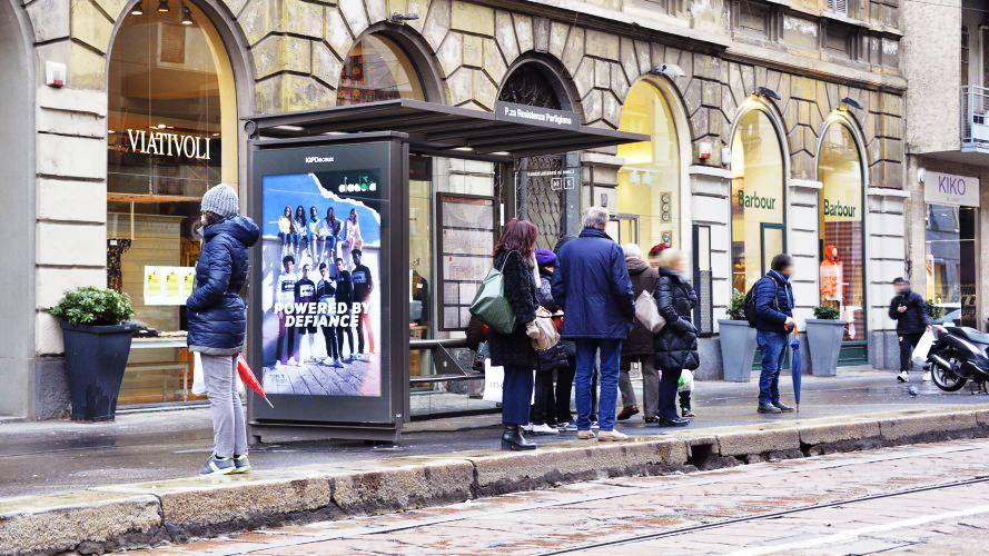 Out of Home advertising IGPDecaux bus shelter+ MUPI in Milan for Diadora