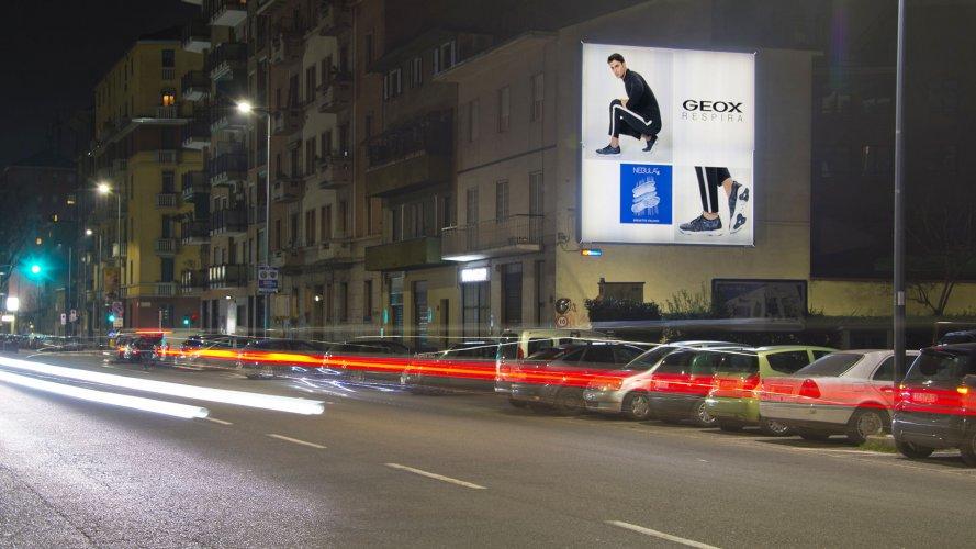 Affissioni manifesti IGPDecaux poster a Milano per Geox