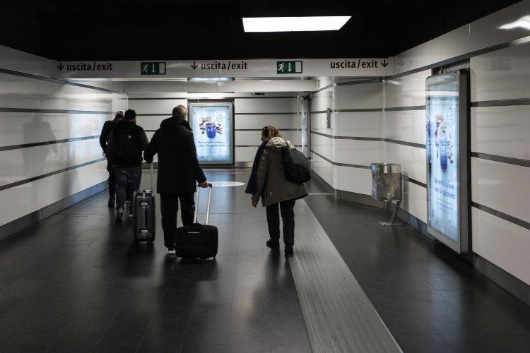 Pubblicità metro Roma IGPDecaux circuito a copertura portrait per Grom