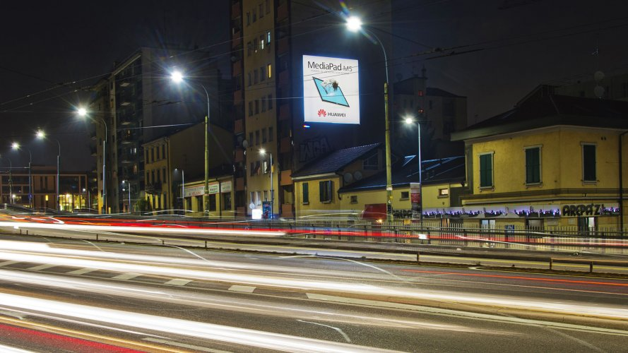 Street advertising IGPDecaux Milan poster for Huawei