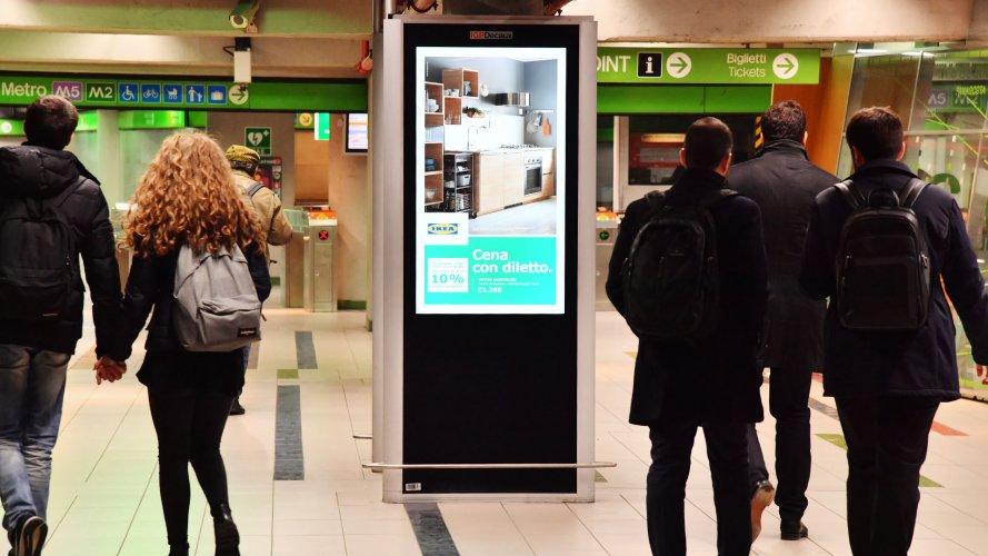 OOH IGPDecaux Underground Vision Network in Milan for Ikea Kichen