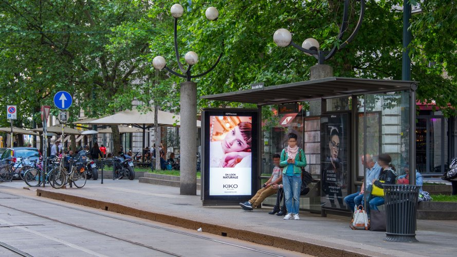 Advertising in Milan IGPDecaux Vision Network for Kiko