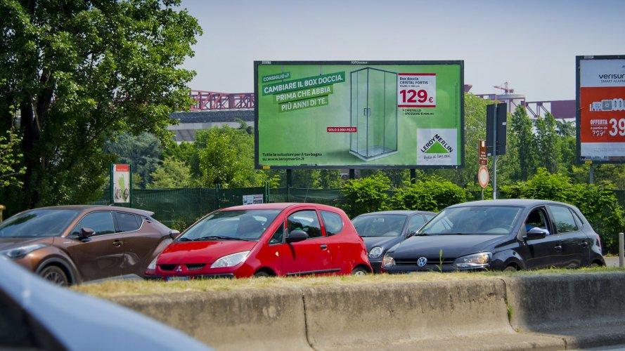 Cartellonistica pubblicitaria IGPDecaux poster a Milano per Leroy Merlin