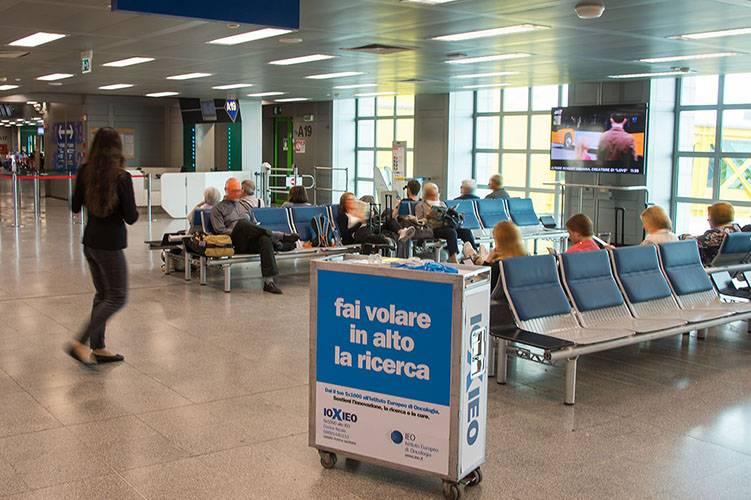 Aeroporto Linate pubblicità IGPDecaux Sampling for Ieo