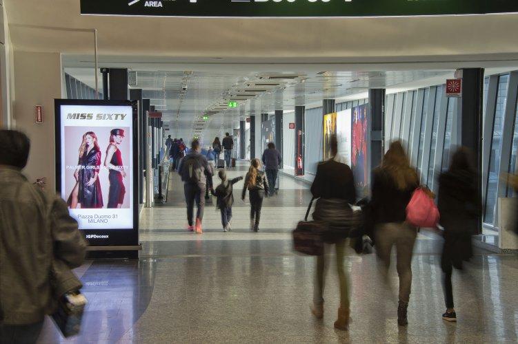 Pubblicità aeroporto Malpensa IGPDecaux Circuito Digital per Miss Sixty
