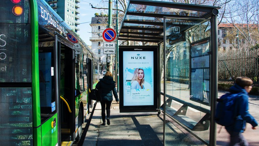 Outdoor advertising IGPDecaux Vision Network for Nuxe