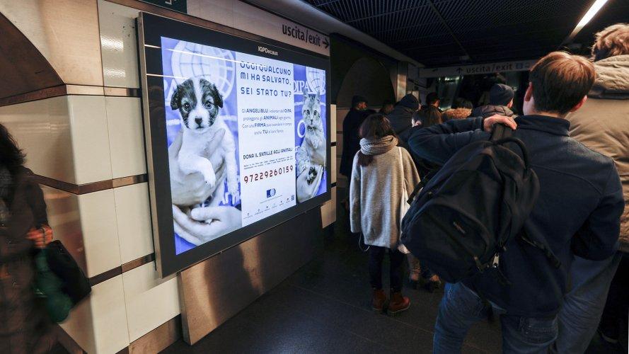 Pubblicità in metropolitana IGPDecaux Circuito a Copertura Landscape a Roma per OIPA