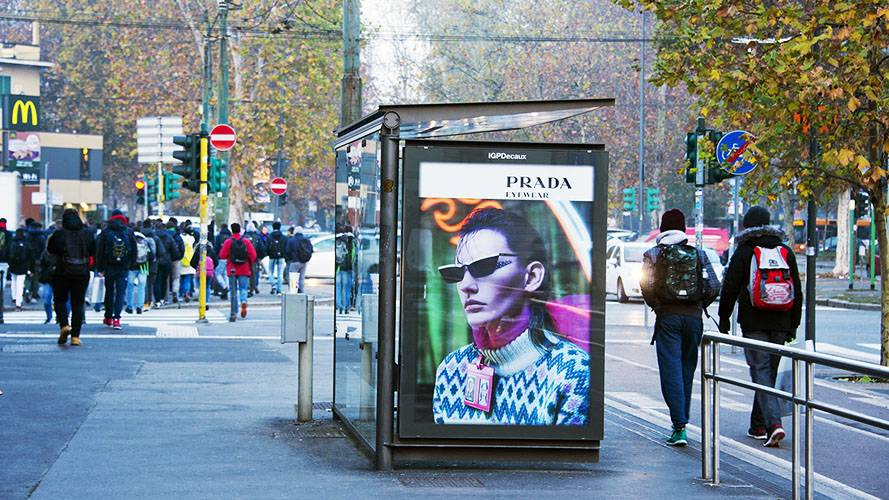 Out Of Home IGPDecaux Milan brand shelter + Mupi for Prada