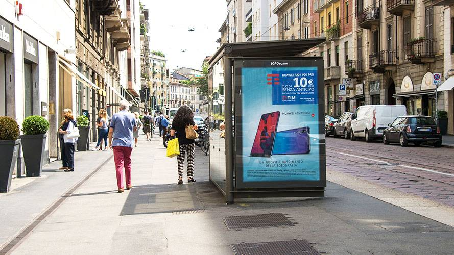 OOH advertising IGPDecaux in Milan Bus Shelter for TIM