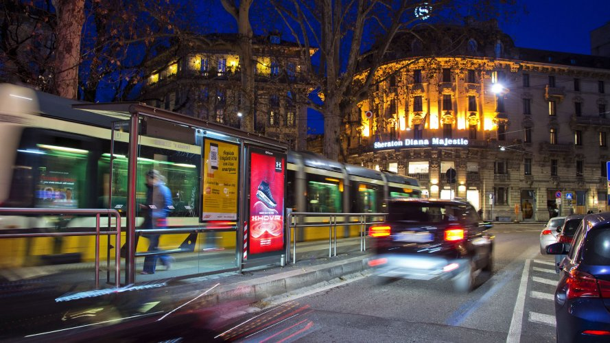 OOH IGPDecaux Milan bus shelter + Mupi for Under Armour