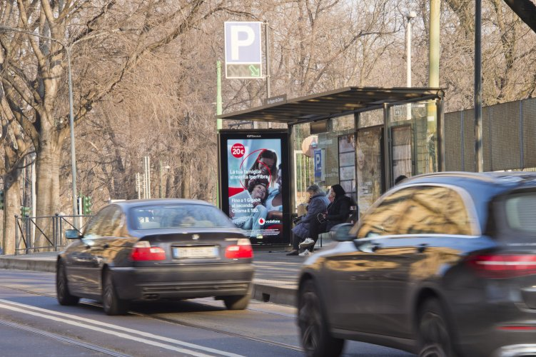Outdoor advertising Milan Vision Network for Vodafone IGPDecaux