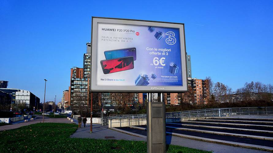 IGPDecaux OOH advertising senior in Turin for Wind