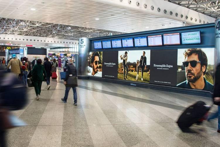Aeroporti pubblicità IGPDecaux Impianto retroilluminato a Malpensa per Zegna